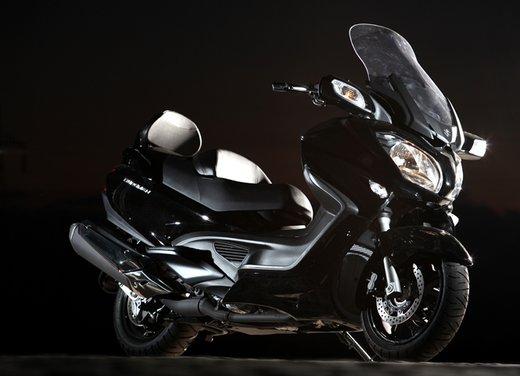 Nuovo Suzuki Burgman 650: la tradizione continua - Foto 23 di 27