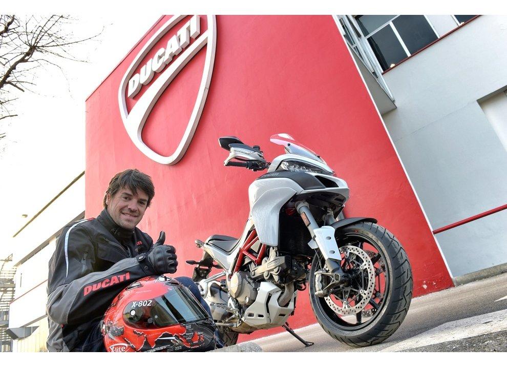 Carlos Checa ritira la prima Ducati Multistrada 1200 del 2015
