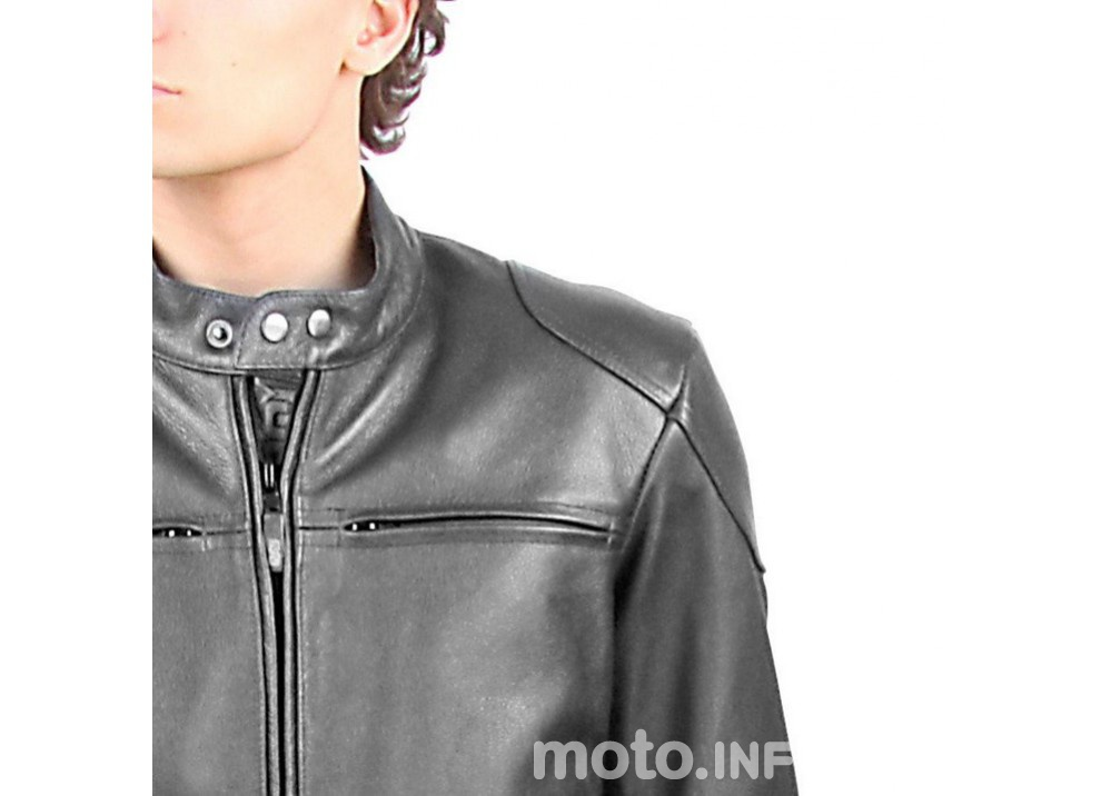 Classifica:  I 10 regali di natale da fare a un motociclista - Foto 4 di 38