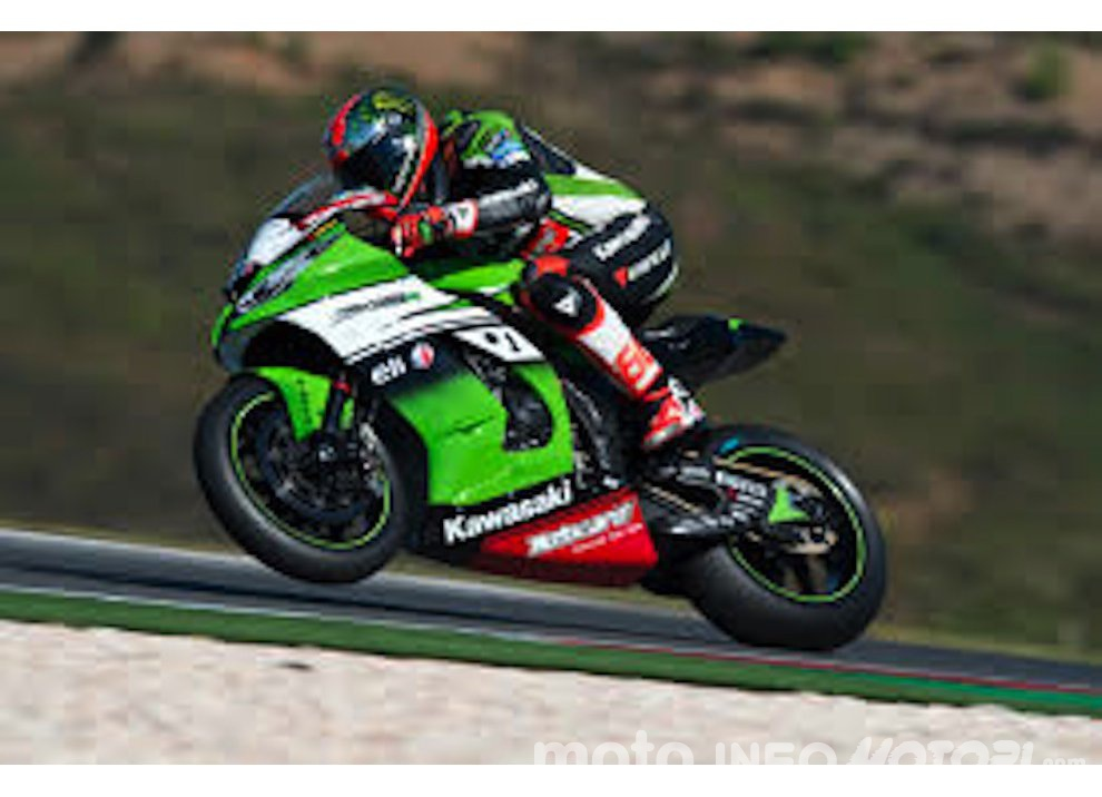 Classifica SBK, Portimao 2015: quarta doppietta per Johnny Rea - Foto 3 di 8