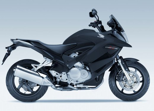 Honda Crossrunner, finanziamenti senza interessi per l'adventure bike anti BMW GS - Foto 3 di 9