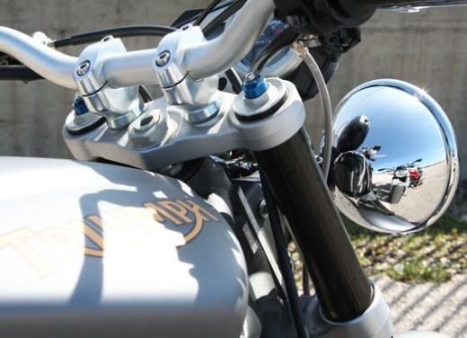 Ducati Monster 1100 vs Triumph Street Triple R - Foto 13 di 27