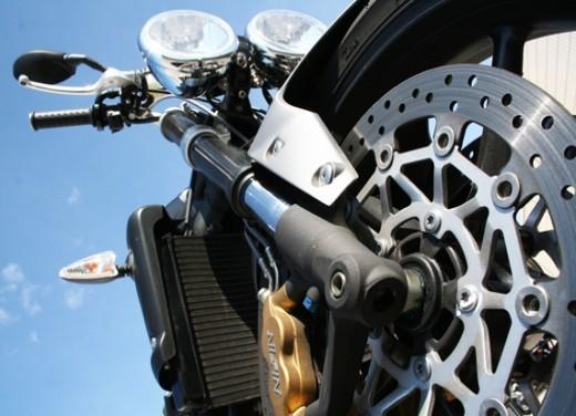Ducati Monster 1100 vs Triumph Street Triple R - Foto 16 di 27