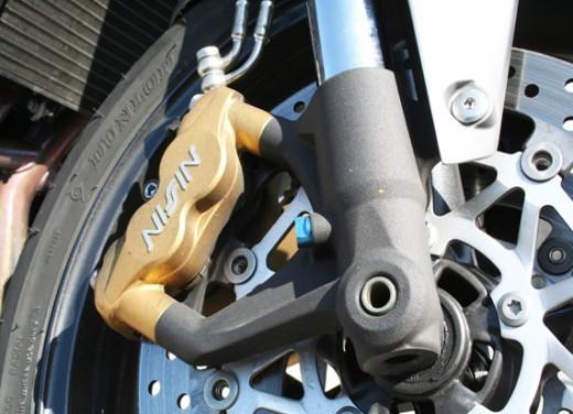 Ducati Monster 1100 vs Triumph Street Triple R - Foto 15 di 27