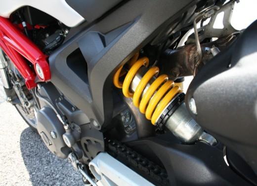 Ducati Monster 1100 vs Triumph Street Triple R - Foto 21 di 27
