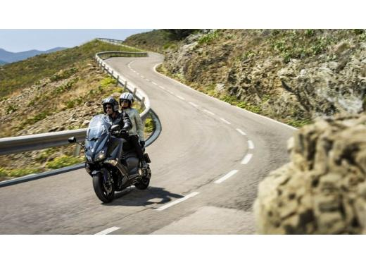 Con YamahaGO, il maxiscooter Yamaha T-Max 530 anche a rate