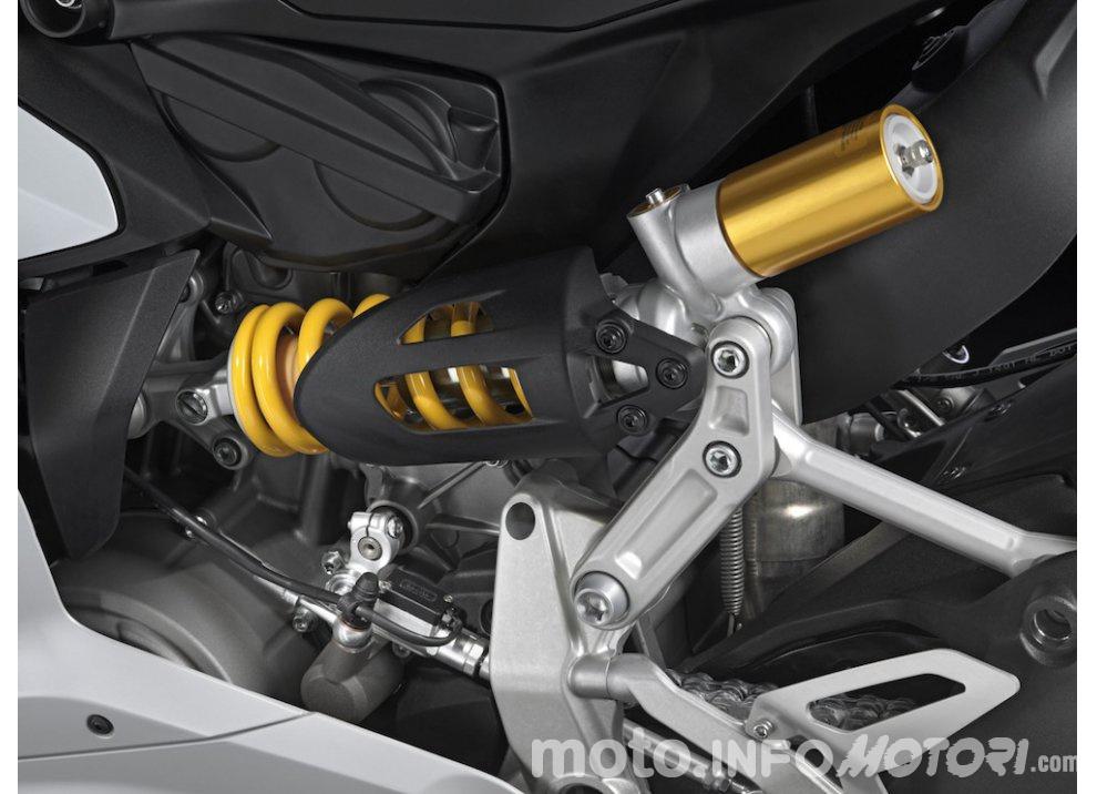 Concorso Aruba.it per vincere una Ducati 899 Panigale - Foto 6 di 11