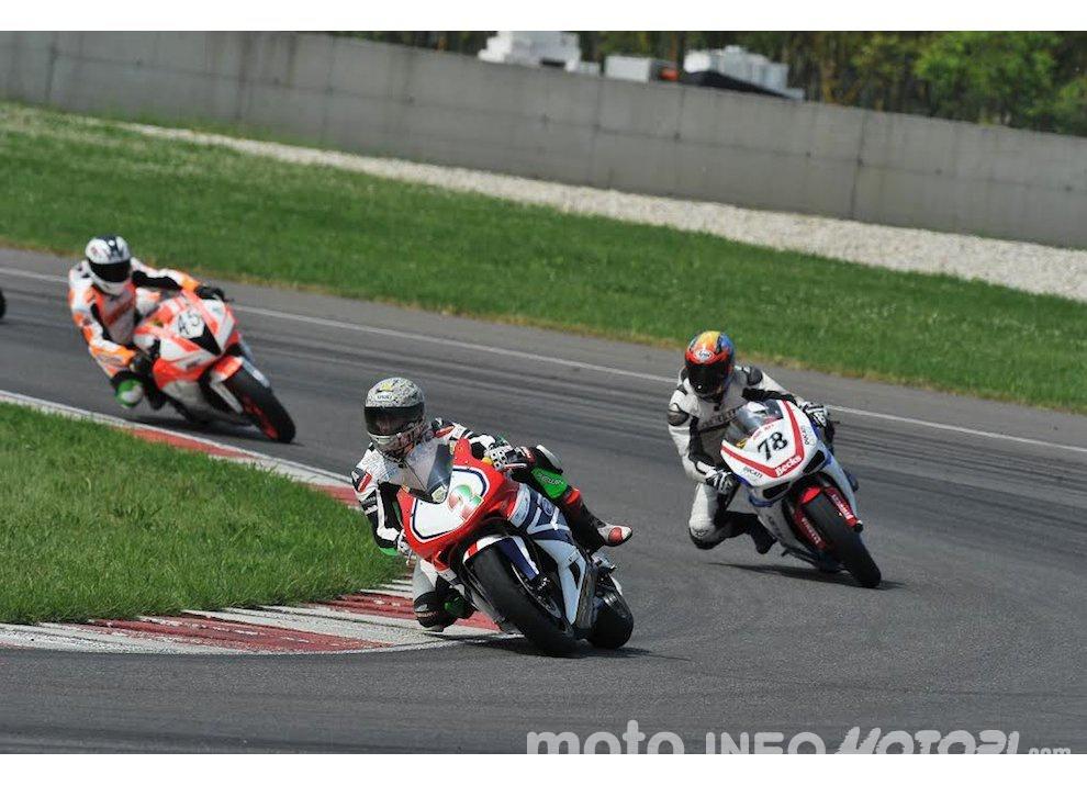 Corsi di guida coi grandi del motociclismo con corsidiguida.it e Motorace - Foto 3 di 12