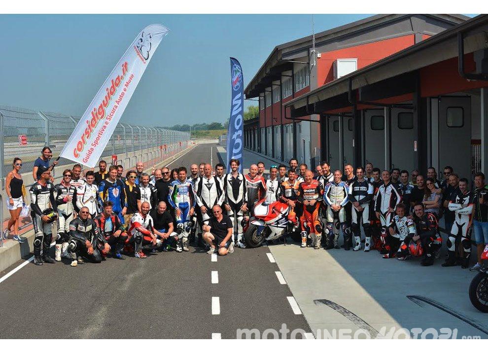Corsi di guida coi grandi del motociclismo con corsidiguida.it e Motorace - Foto 4 di 12