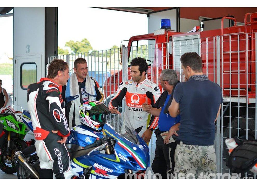 Corsi di guida coi grandi del motociclismo con corsidiguida.it e Motorace - Foto 5 di 12