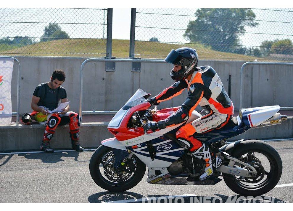 Corsi di guida coi grandi del motociclismo con corsidiguida.it e Motorace - Foto 8 di 12