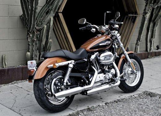 Harley Davidson 1200 Custom - Foto 2 di 34