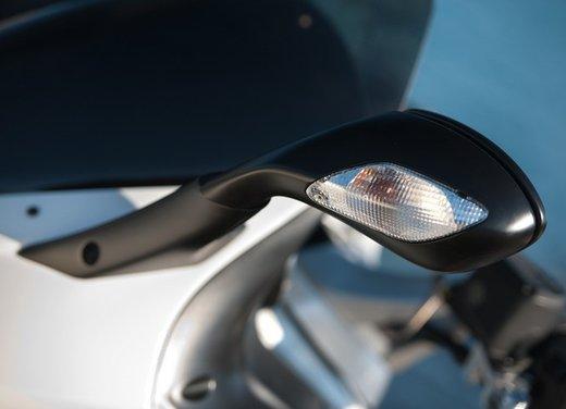 Aprilia SRV 850: prova su strada del maxi scooter sportivo di Noale - Foto 22 di 25