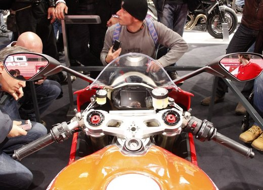 Ducati 1199 Panigale al Tourist Trophy 2012 - Foto 5 di 37