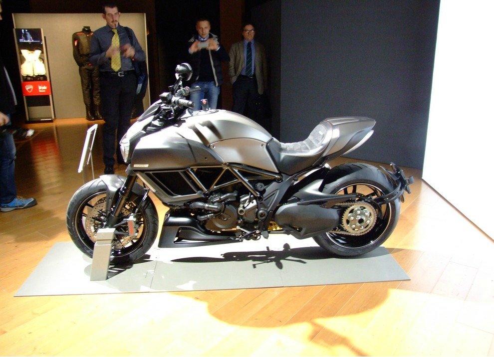 Ducati Diavel Titanium - Foto 4 di 10