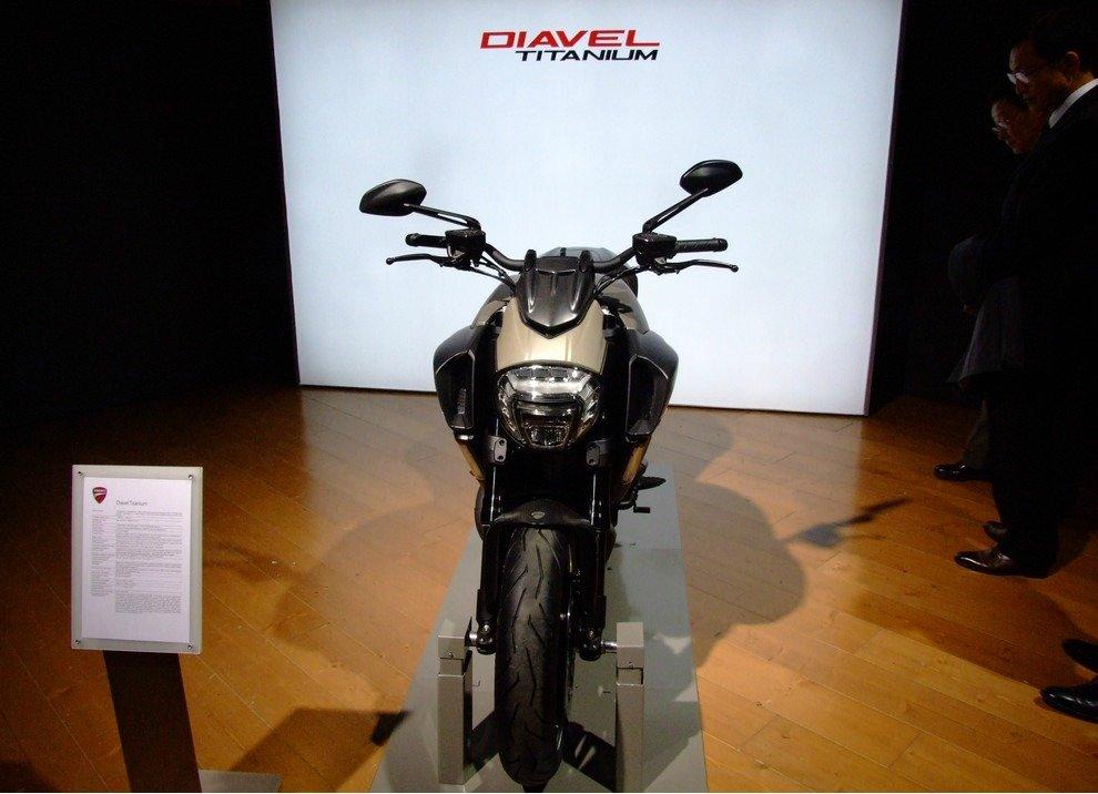 Ducati Diavel Titanium - Foto 5 di 10