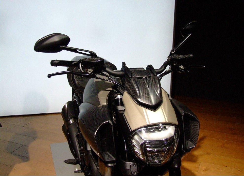 Ducati Diavel Titanium - Foto 8 di 10