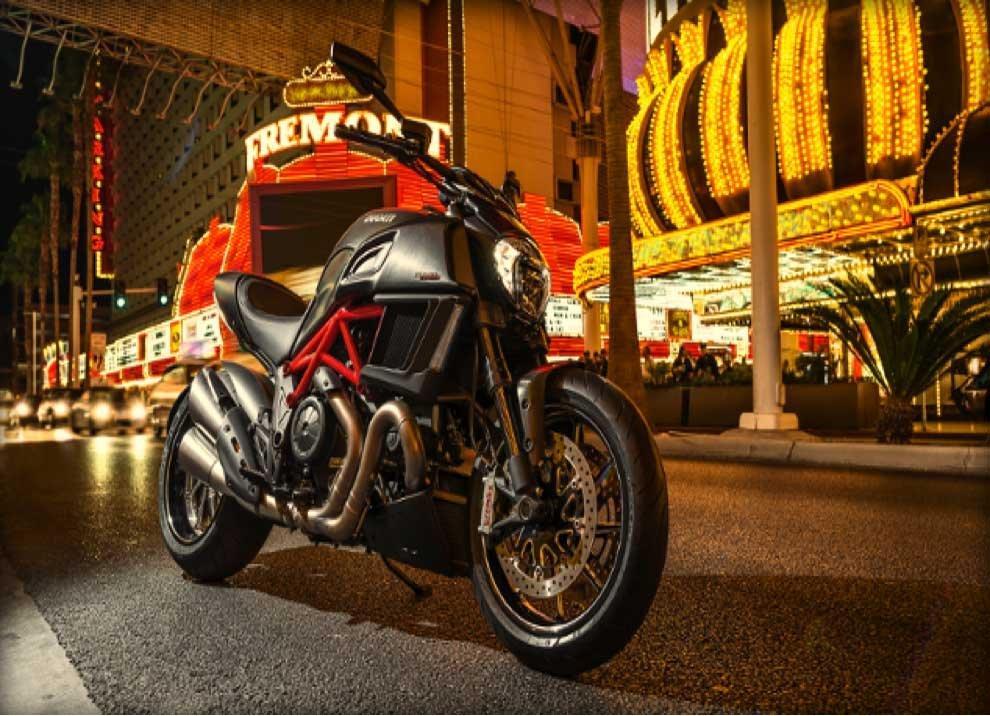 Ducati Diavel. - Foto 2 di 14