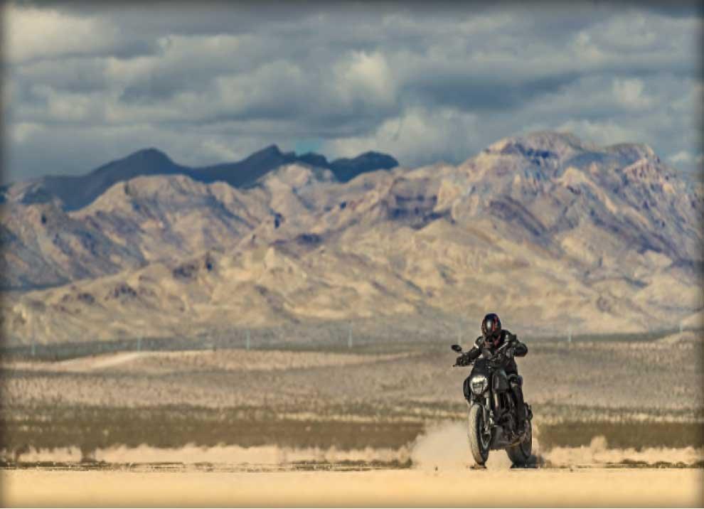 Ducati Diavel. - Foto 3 di 14