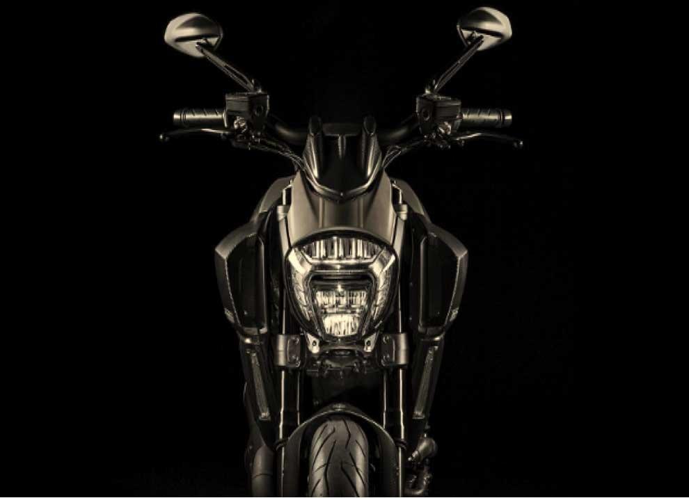 Ducati Diavel. - Foto 7 di 14