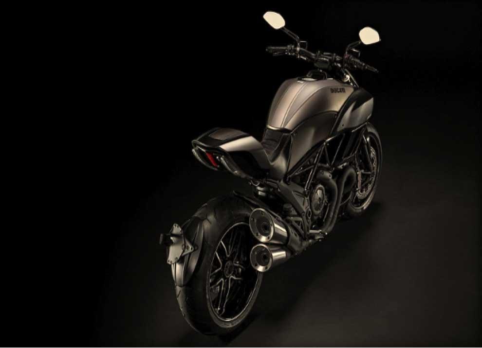 Ducati Diavel. - Foto 8 di 14