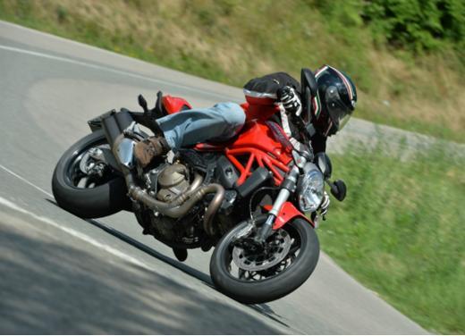 Ducati Monster 821 prova su strada, prezzi e prestazioni