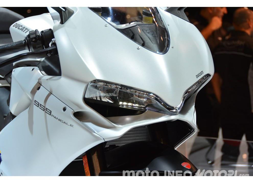 Ducati Panigale 959 presentata ufficialmente - Foto 2 di 8