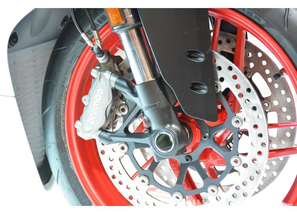 Ducati Panigale 959 presentata ufficialmente - Foto 3 di 8