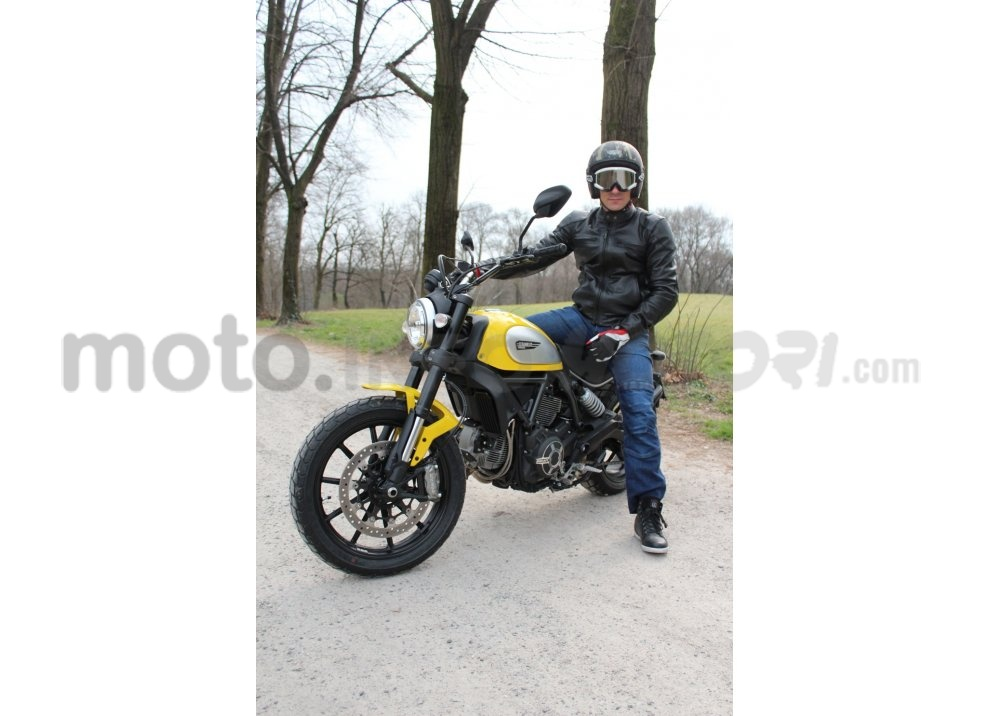 Ducati Scrambler: long test ride, prestazioni caratteristiche e prezzi - Foto 20 di 73
