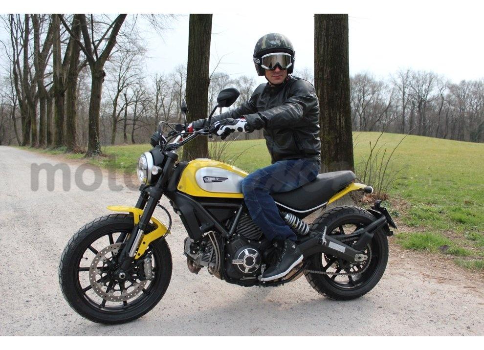 Ducati Scrambler: long test ride, prestazioni caratteristiche e prezzi - Foto 21 di 73
