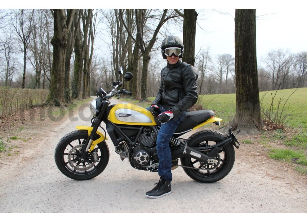 Ducati Scrambler: long test ride, prestazioni caratteristiche e prezzi - Foto 23 di 73