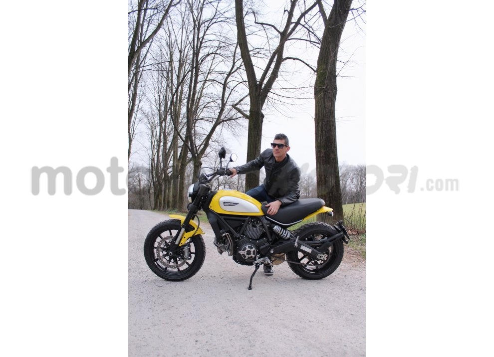 Ducati Scrambler: long test ride, prestazioni caratteristiche e prezzi - Foto 36 di 73
