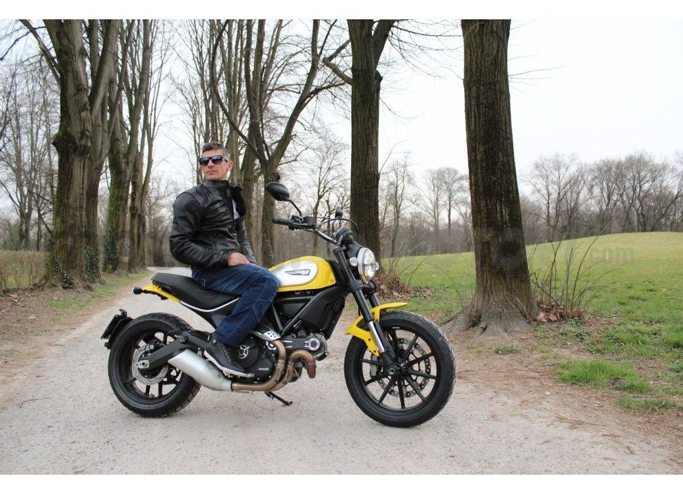 Ducati Scrambler: long test ride, prestazioni caratteristiche e prezzi - Foto 46 di 73