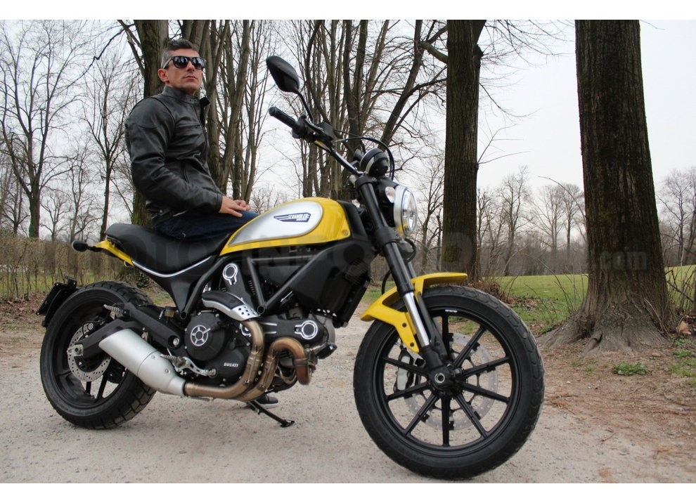 Ducati Scrambler: long test ride, prestazioni caratteristiche e prezzi - Foto 47 di 73