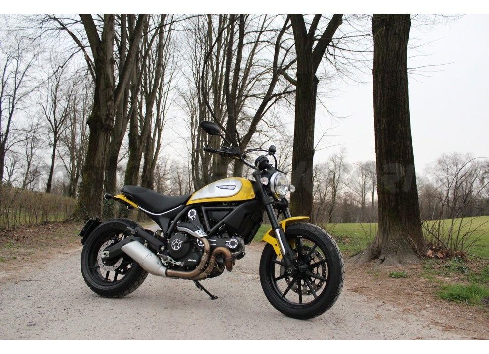 Ducati Scrambler: long test ride, prestazioni caratteristiche e prezzi - Foto 1 di 73