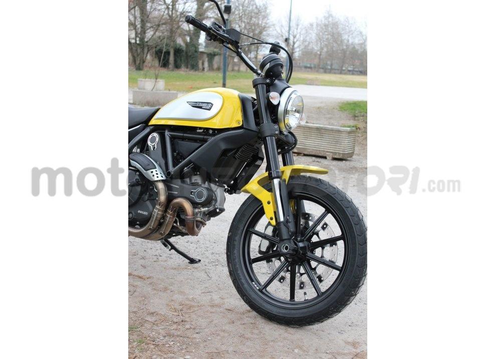 Ducati Scrambler: long test ride, prestazioni caratteristiche e prezzi - Foto 50 di 73