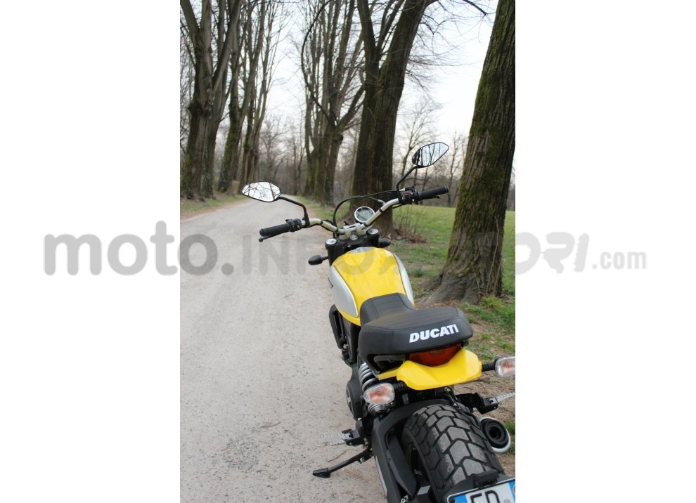 Ducati Scrambler: long test ride, prestazioni caratteristiche e prezzi - Foto 51 di 73