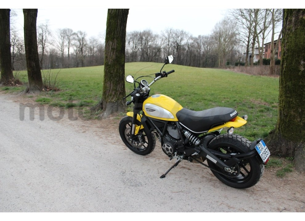 Ducati Scrambler: long test ride, prestazioni caratteristiche e prezzi - Foto 53 di 73