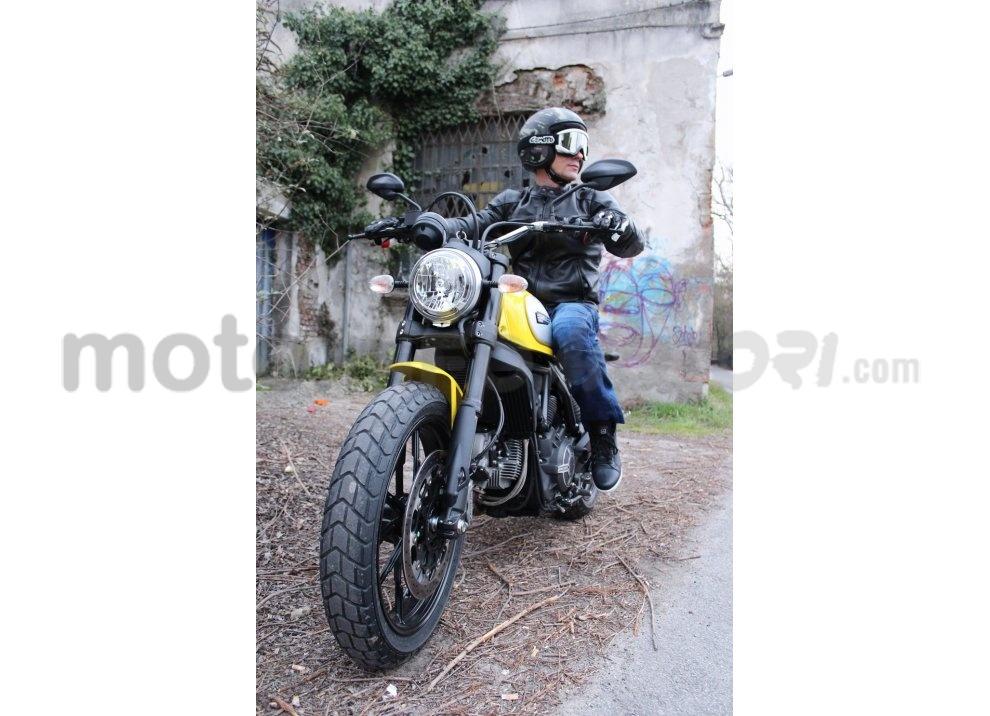 Ducati Scrambler: long test ride, prestazioni caratteristiche e prezzi - Foto 57 di 73