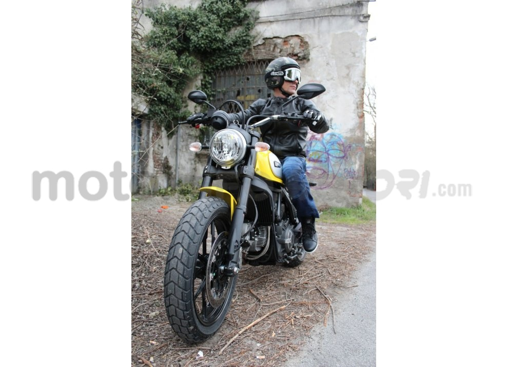 Ducati Scrambler: long test ride, prestazioni caratteristiche e prezzi - Foto 58 di 73