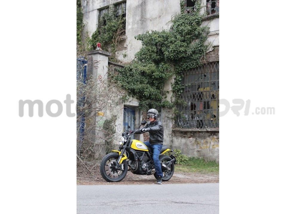 Ducati Scrambler: long test ride, prestazioni caratteristiche e prezzi - Foto 69 di 73