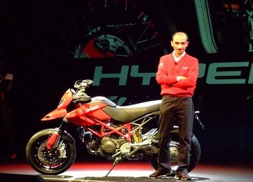 Ducati Hypermotard 1100 Evo - Foto 2 di 8