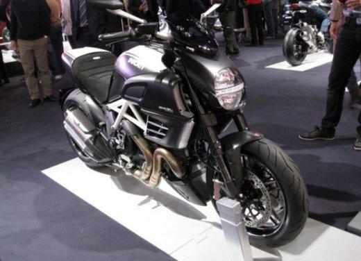 Salone Eicma 2011 ciclo moto e scooter di successo con mezzo milione di appassionati - Foto 13 di 23