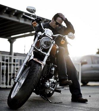 Harley Davidson 1200 Custom - Foto 30 di 34