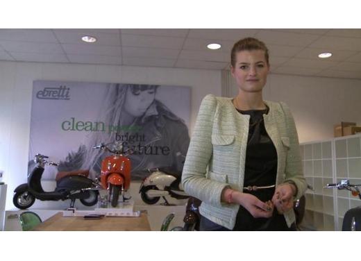Ebretti, arriva in Italia lo scooter elettrico olandese - Foto 5 di 9