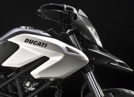 Ducati Hypermotard 796 – Test Ride - Foto 3 di 8