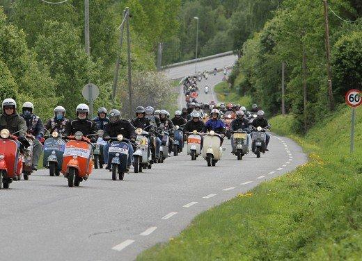 Vespa World Days 2011: in Norvegia a migliaia per festeggiare i 65 anni di Vespa - Foto 10 di 20
