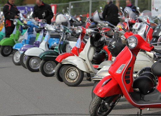Vespa World Days 2012 a Londra - Foto 13 di 20