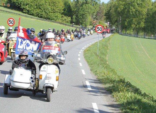 Vespa World Days 2011: in Norvegia a migliaia per festeggiare i 65 anni di Vespa - Foto 11 di 20
