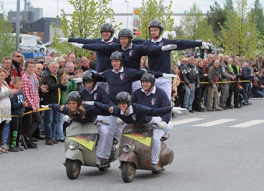 Vespa World Days 2011: in Norvegia a migliaia per festeggiare i 65 anni di Vespa - Foto 5 di 20